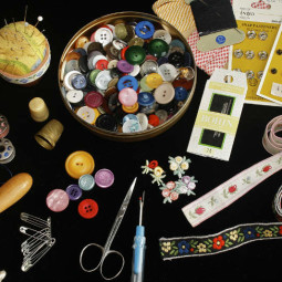 Learn How To Sew: What Do You Need in Your Sewing Box?